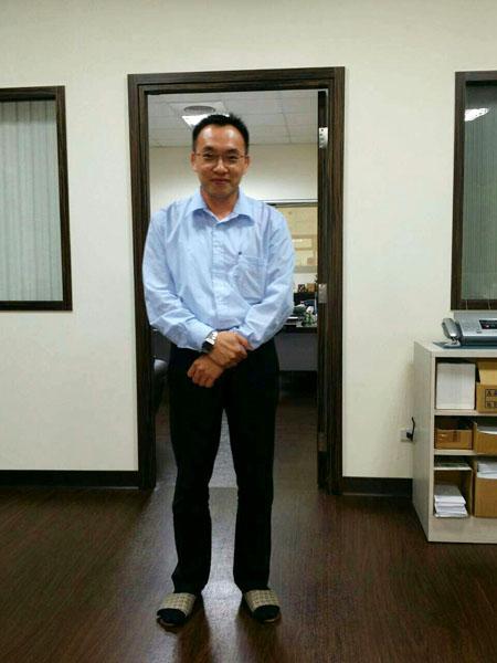 台湾枕式包装机技术服务调试工程师