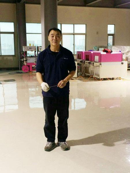 台湾枕式包装机技术服务组装课长